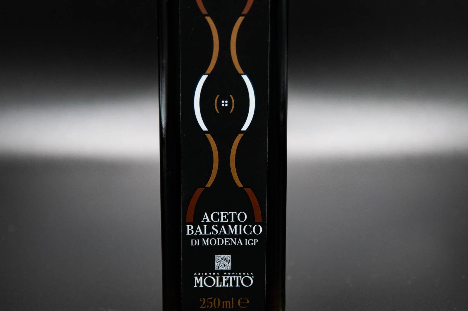 moletto-aceto-balsamico-modena-label