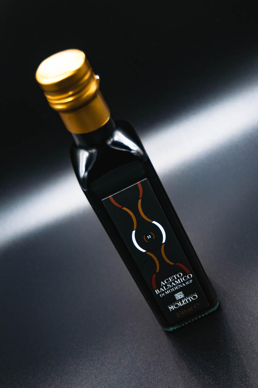 moletto-aceto-balsamico-bottiglia